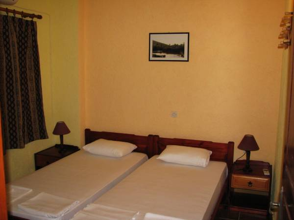 sunrise apartments palekastro double room bedroom